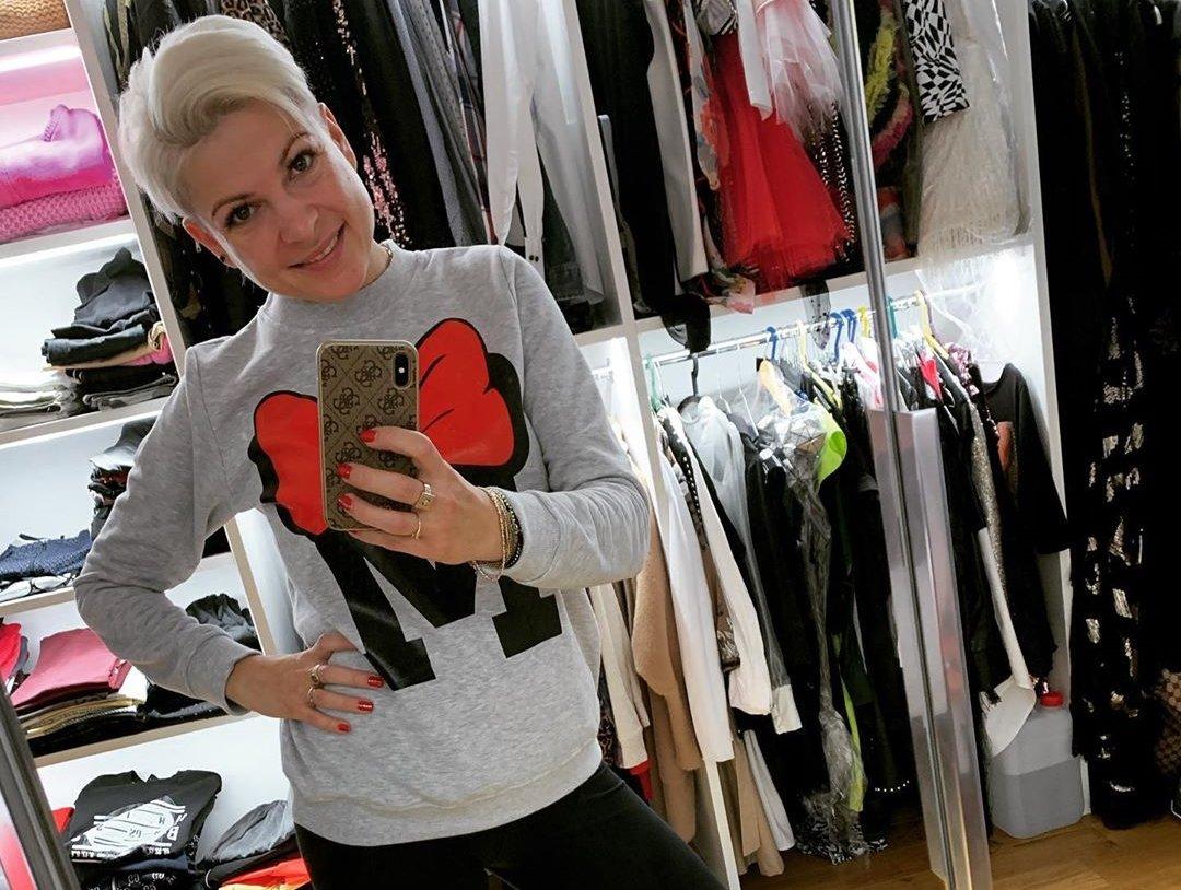 Odważny materiał w sieci! Magda Narożna (Piękni i Młodzi) wystąpiła w samej bieliźnie! Wygląda obłędnie! >                         </a>                         </div>                         <div class=