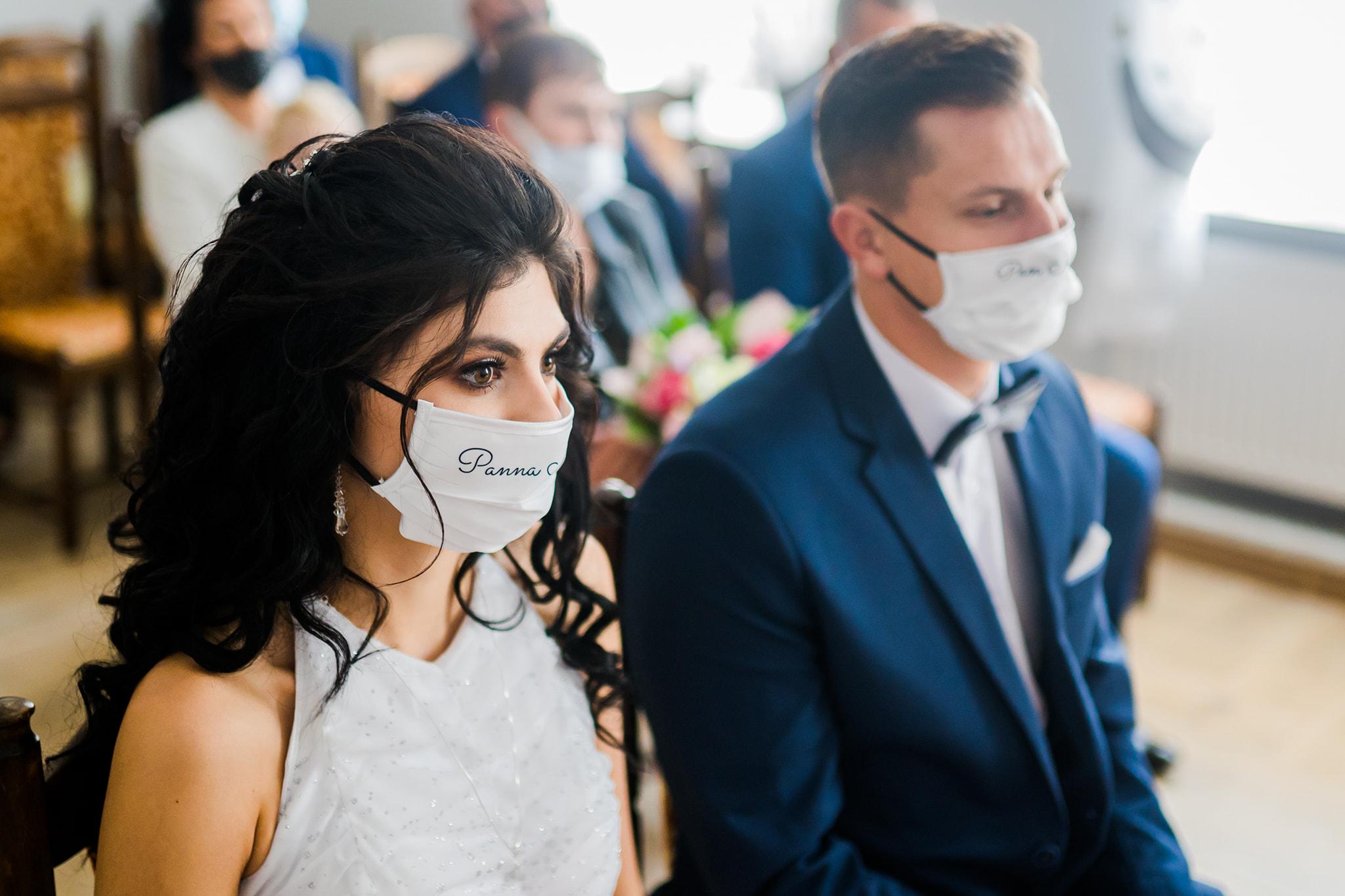Wzięli ślub mimo pandemii! Gwiazdorska para disco polo powiedziała