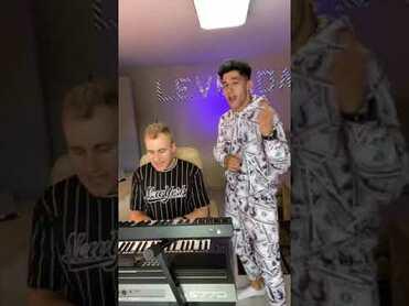 MAMITA - WERSJA PIANO